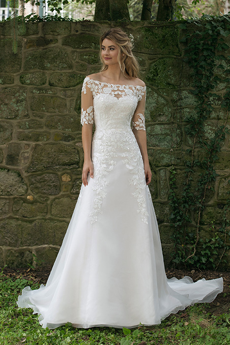 44058 Wedding                                          dress by Sincerity