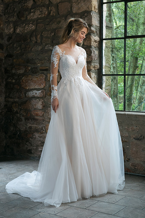44061 Wedding                                          dress by Sincerity