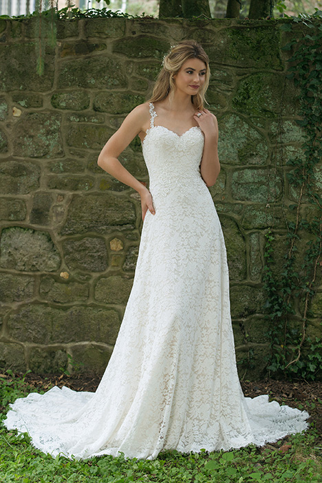 44063 Wedding                                          dress by Sincerity