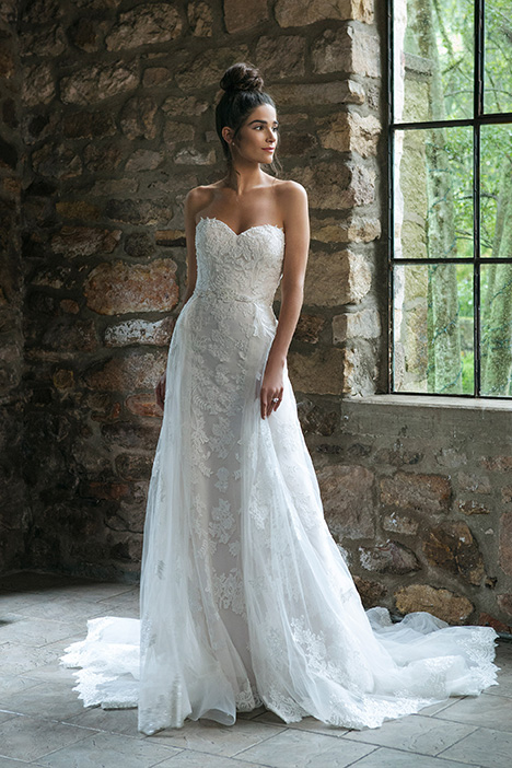 44064 (2) Wedding                                          dress by Sincerity
