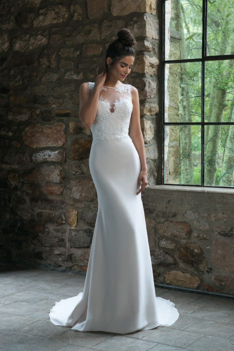 44066 Wedding                                          dress by Sincerity