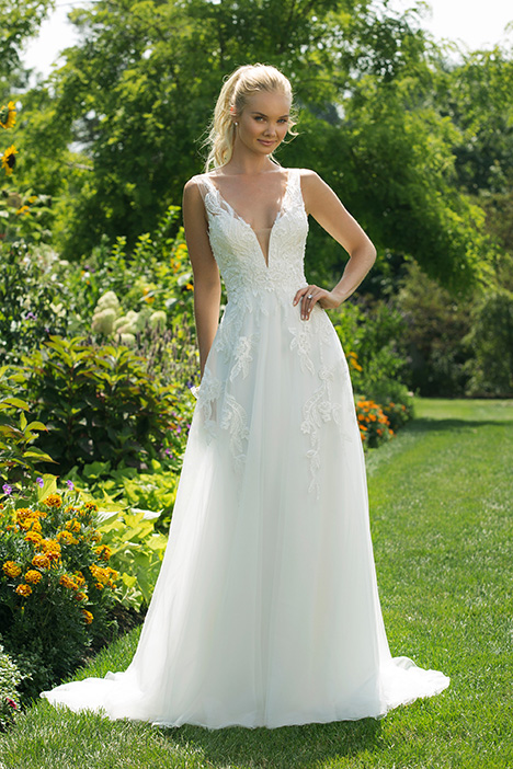 11006 Wedding                                          dress by Sweetheart