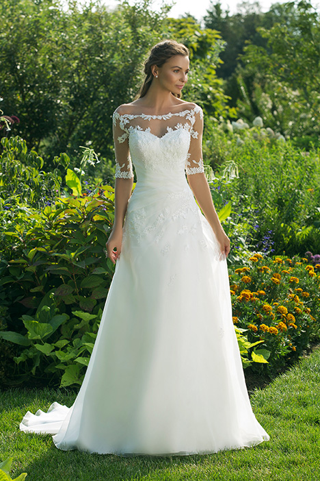 11011 Wedding                                          dress by Sweetheart