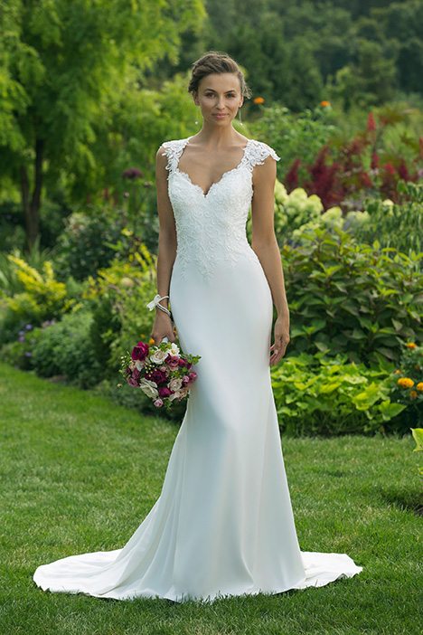 11013 Wedding                                          dress by Sweetheart