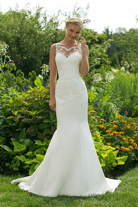 11015 Wedding                                          dress by Sweetheart