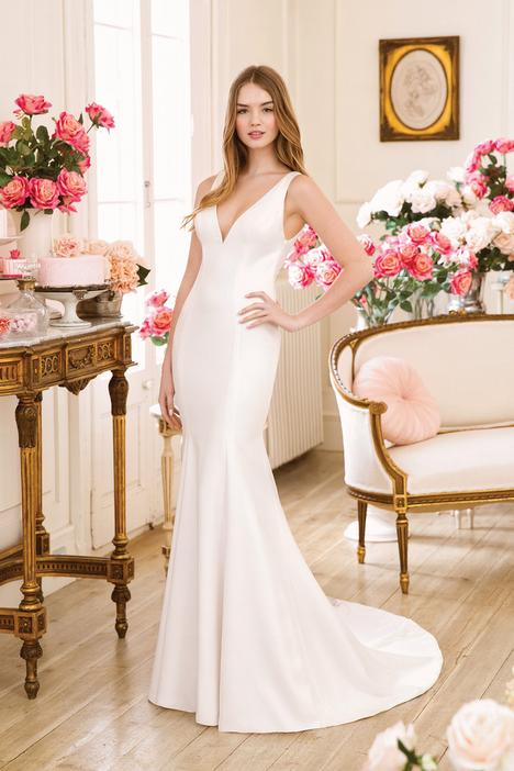 11018 Wedding                                          dress by Sweetheart