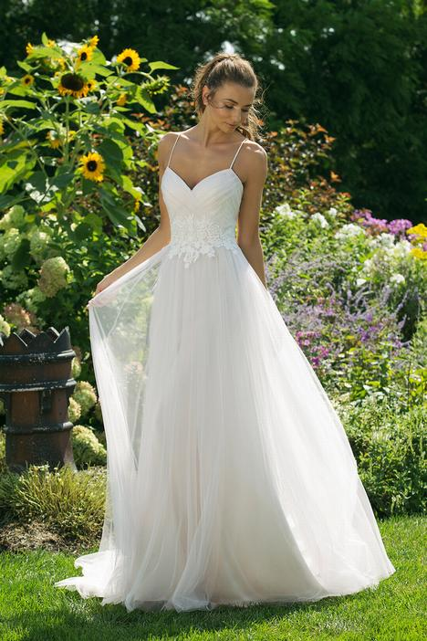 11019 Wedding                                          dress by Sweetheart