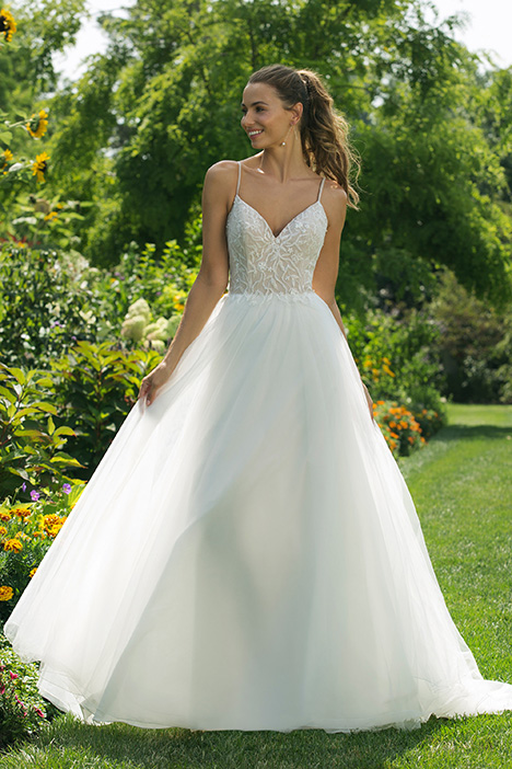 11024 Wedding                                          dress by Sweetheart