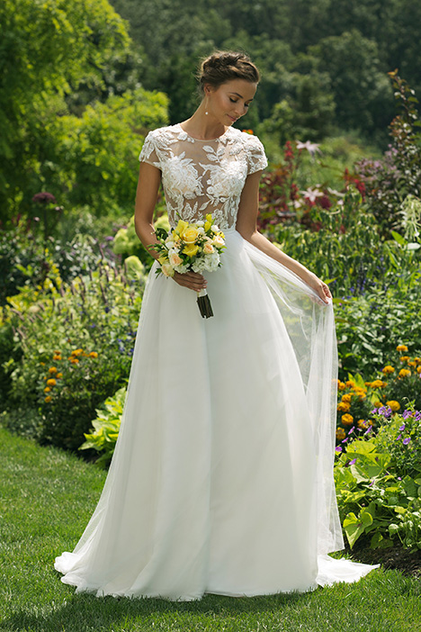 11025 Wedding                                          dress by Sweetheart