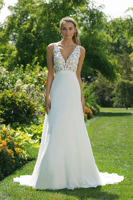 11027 Wedding                                          dress by Sweetheart