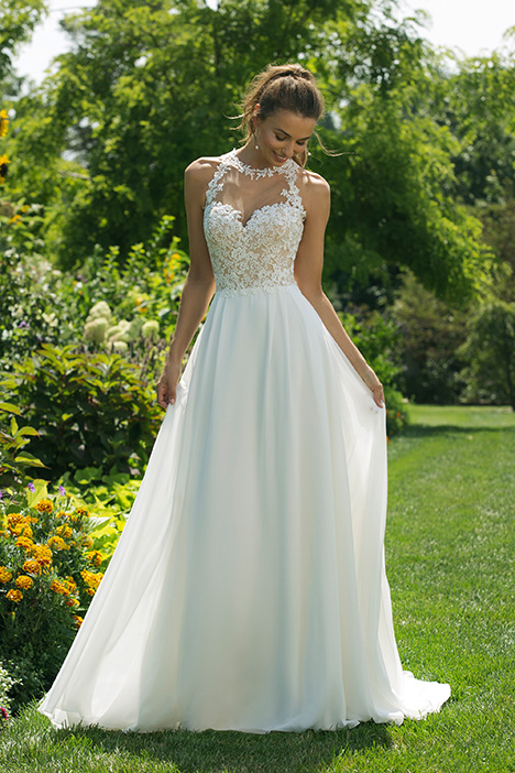 11028 Wedding                                          dress by Sweetheart