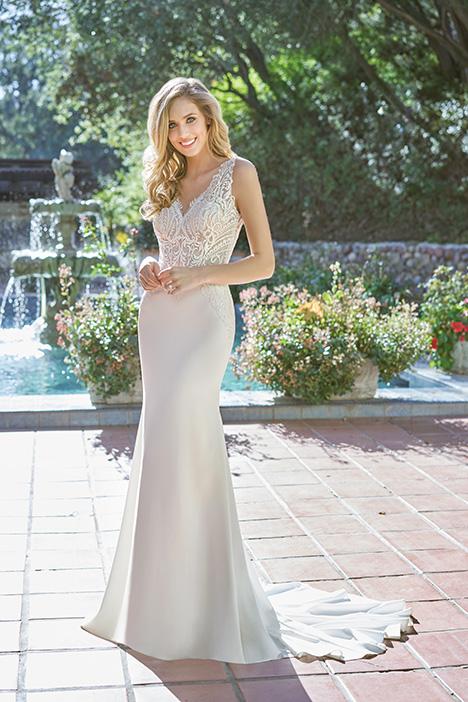 F201051 Wedding                                          dress by Jasmine Collection