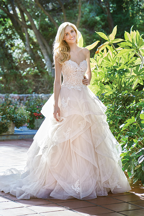 F201068 Wedding                                          dress by Jasmine Collection