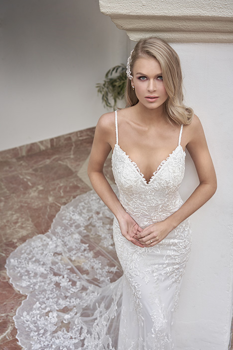 T202055 Wedding                                          dress by Jasmine Couture