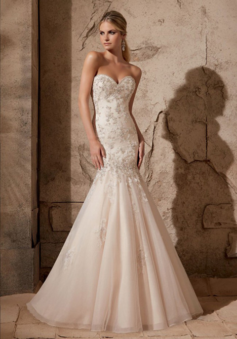 2720 gown from the 2015 Morilee Bridal collection, as seen on dressfinder.ca