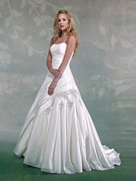 GA2215 Wedding dress by Ella Rosa: Gallery