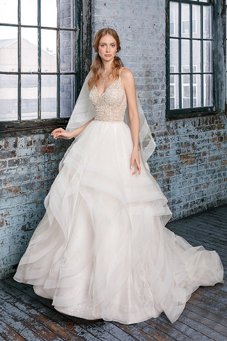 99017 Wedding                                          dress by Justin Alexander Signature