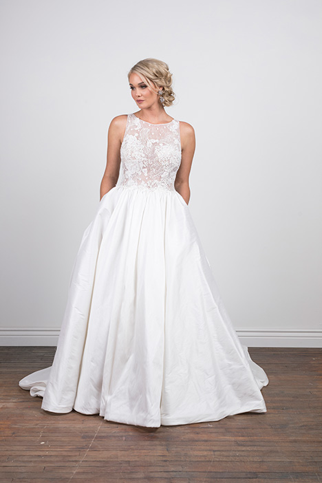 Melanie (4071) Wedding                                          dress by Barbara Kavchok