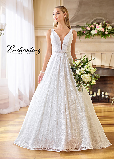 218161 Wedding                                          dress by Enchanting by Mon Cheri
