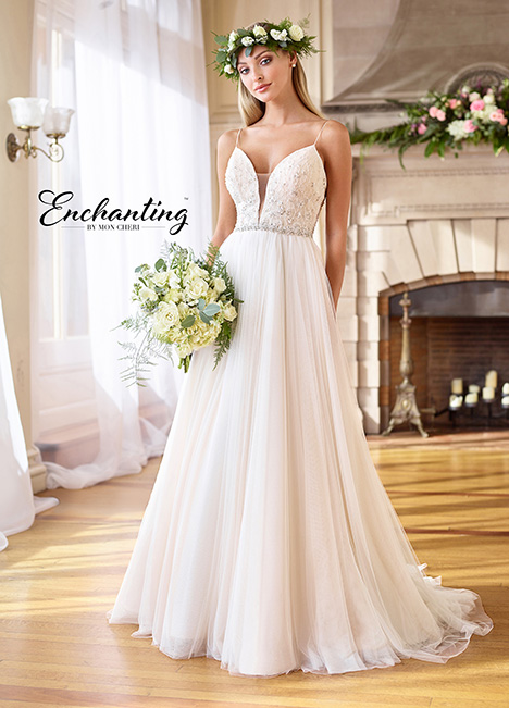 218173 Wedding                                          dress by Enchanting by Mon Cheri