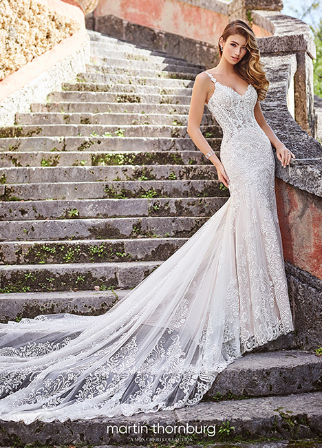 218203 gown from the 2018 Martin Thornburg for Mon Cheri collection, as seen on dressfinder.ca