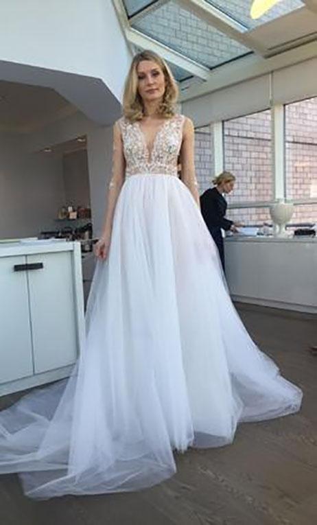 Gentle Wedding                                          dress by Ines Di Santo