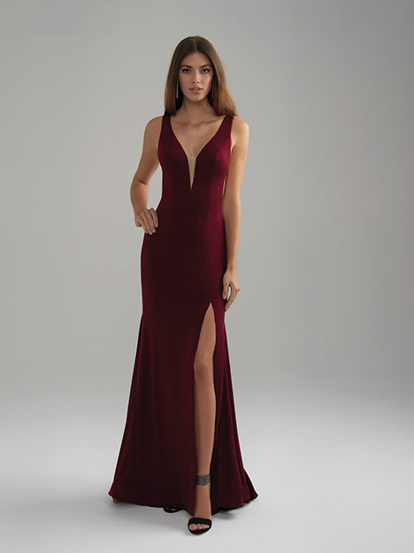 18-750 Burgundy gown from the 2018 Madison James Special Occasion collection, as seen on dressfinder.ca
