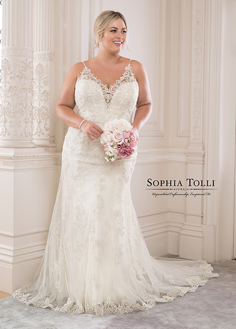 Y21817 (+) Wedding                                          dress by Sophia Tolli