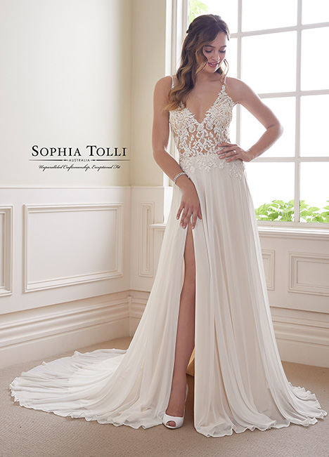 Y21823 Wedding                                          dress by Sophia Tolli