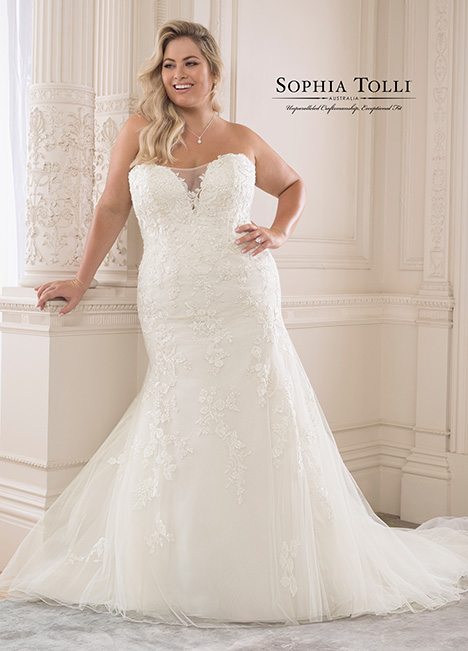 Y21825 (+) Wedding                                          dress by Sophia Tolli