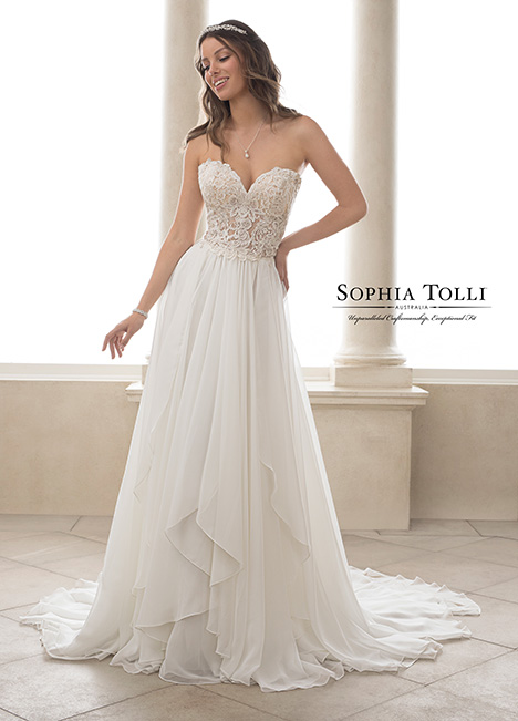 Y21826 Wedding                                          dress by Sophia Tolli