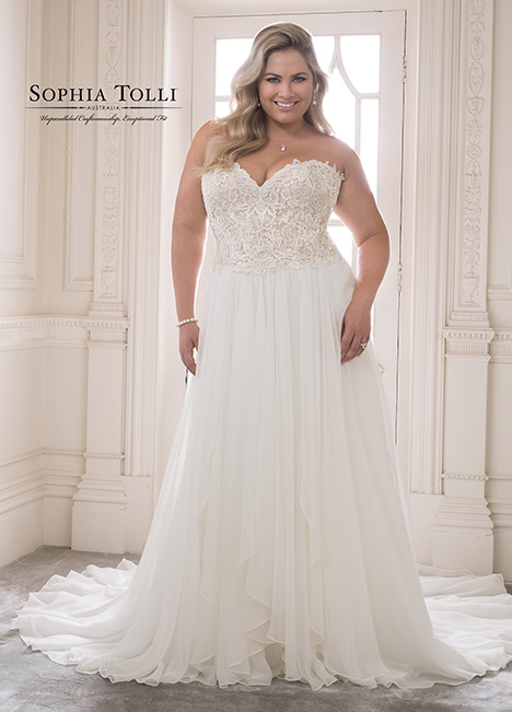 Y21826 (+) Wedding                                          dress by Sophia Tolli