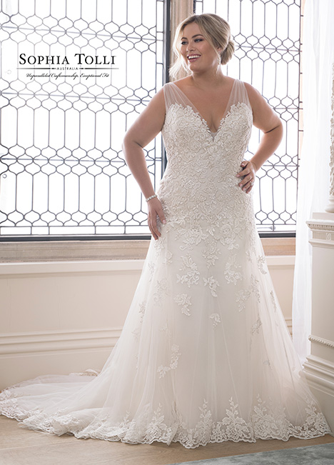 Y21830 (+) Wedding                                          dress by Sophia Tolli