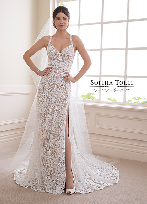 Y21831 Wedding                                          dress by Sophia Tolli