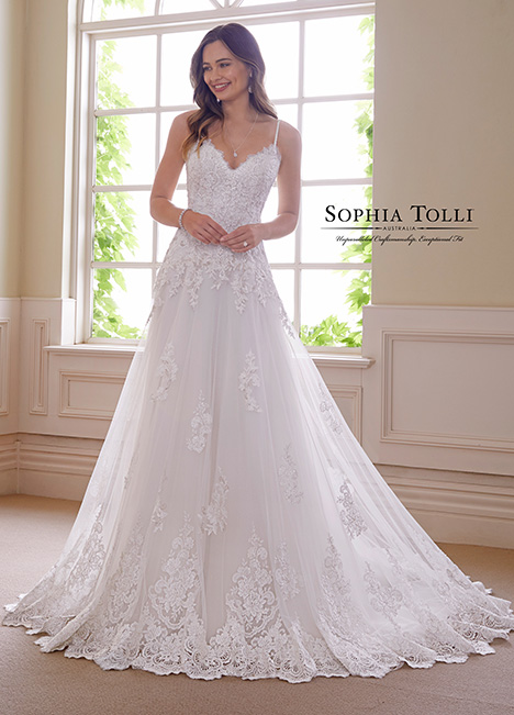 Y21832 Wedding                                          dress by Sophia Tolli