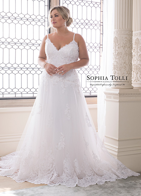 Y21832 (+) Wedding                                          dress by Sophia Tolli