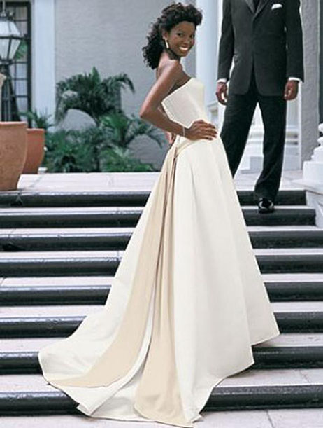 1526 Wedding dress by Alfred Angelo