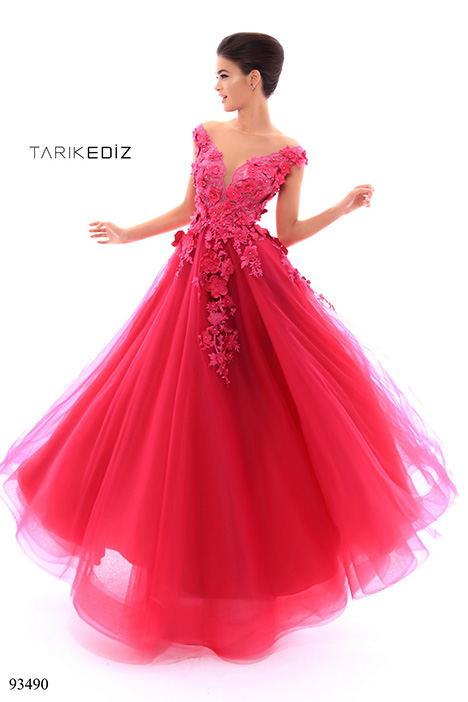 93490 gown from the 2018 Tarik Ediz: Evening Dress collection, as seen on dressfinder.ca