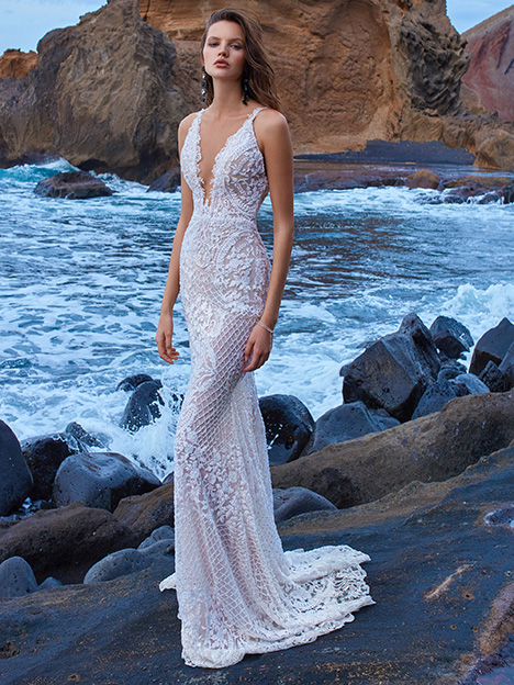 Style GALA-1009 gown from the 2018 Galia Lahav Bridal Gala collection, as seen on dressfinder.ca