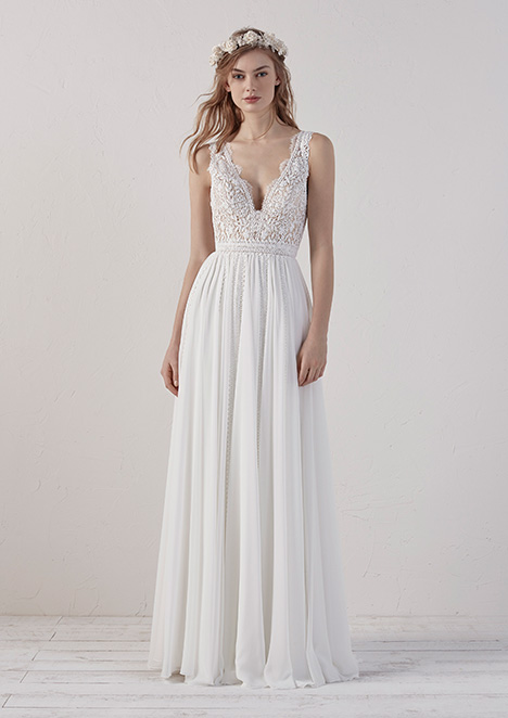 EFIGIE Wedding                                          dress by Pronovias