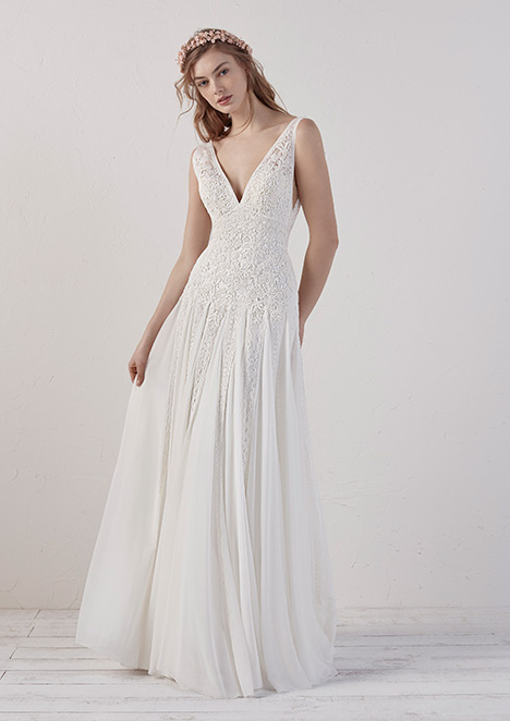 EILEEN Wedding                                          dress by Pronovias