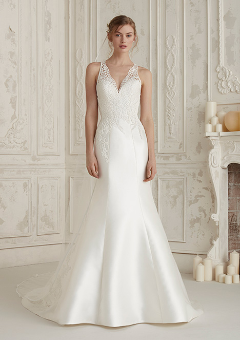 ELIAN Wedding                                          dress by Pronovias