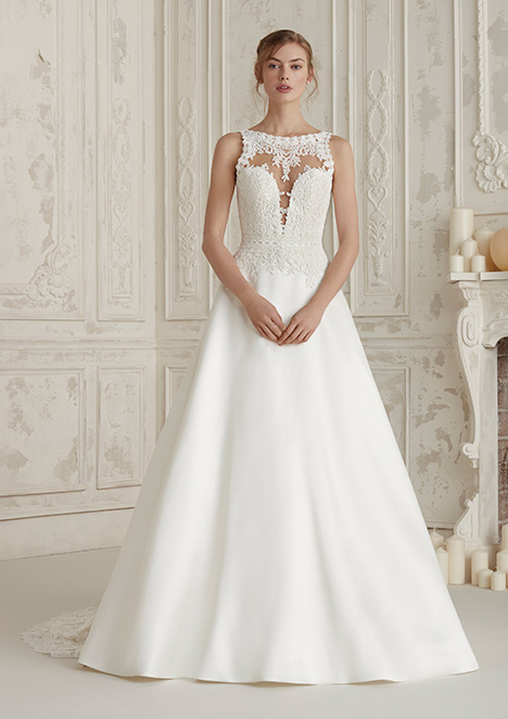 ELIETE Wedding                                          dress by Pronovias