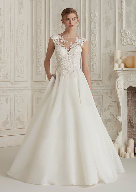 ELIODORA Wedding                                          dress by Pronovias