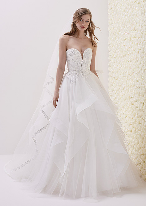 ELISEO Wedding                                          dress by Pronovias