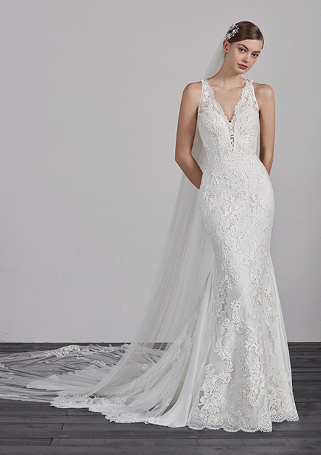 ERIN gown from the 2019 Pronovias collection, as seen on dressfinder.ca