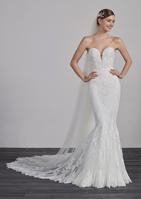 ERMIN gown from the 2019 Pronovias collection, as seen on dressfinder.ca