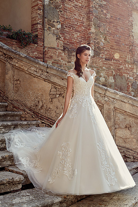 EK1200 Wedding                                          dress by Eddy K