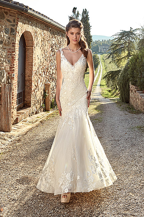 EK1223 Wedding                                          dress by Eddy K