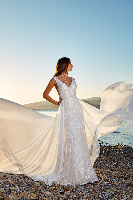 Layla Wedding                                          dress by Eddy K Dreams